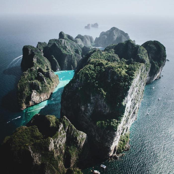 phi_phi_island.jpg