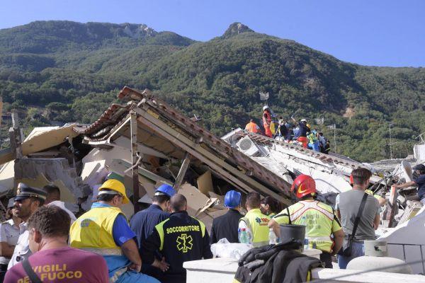 Luongo: «Terremoto, a Ischia rilevazioni errate: ora bastasilenzi»